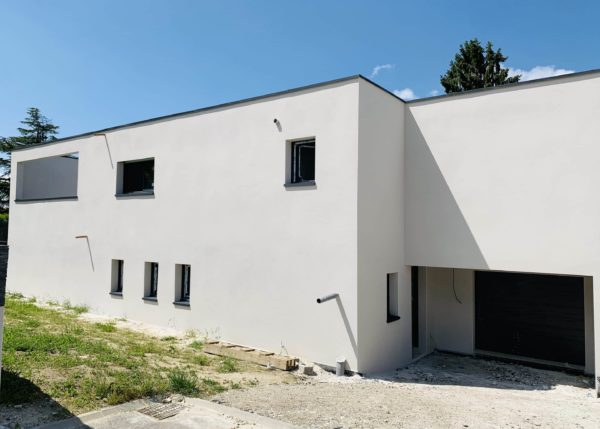 Ravalement de façades à Tresserve / Savoie